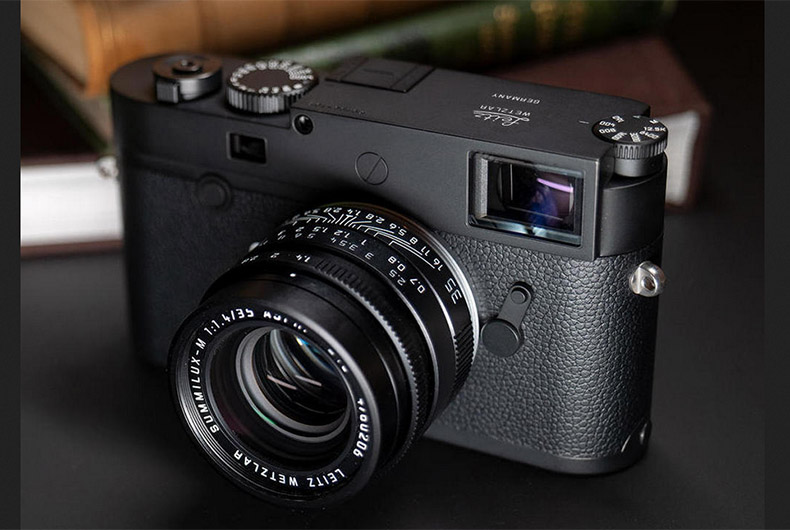 Leica Monochrome Camera